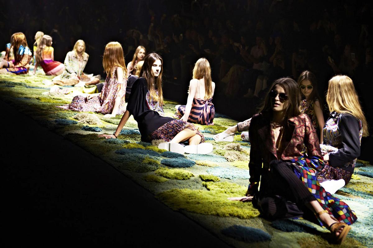 Alexandra Kehayoglou, grassy carpets, Argentina's Pampas, innovative rugs, Dries Van Noten, barefoot living