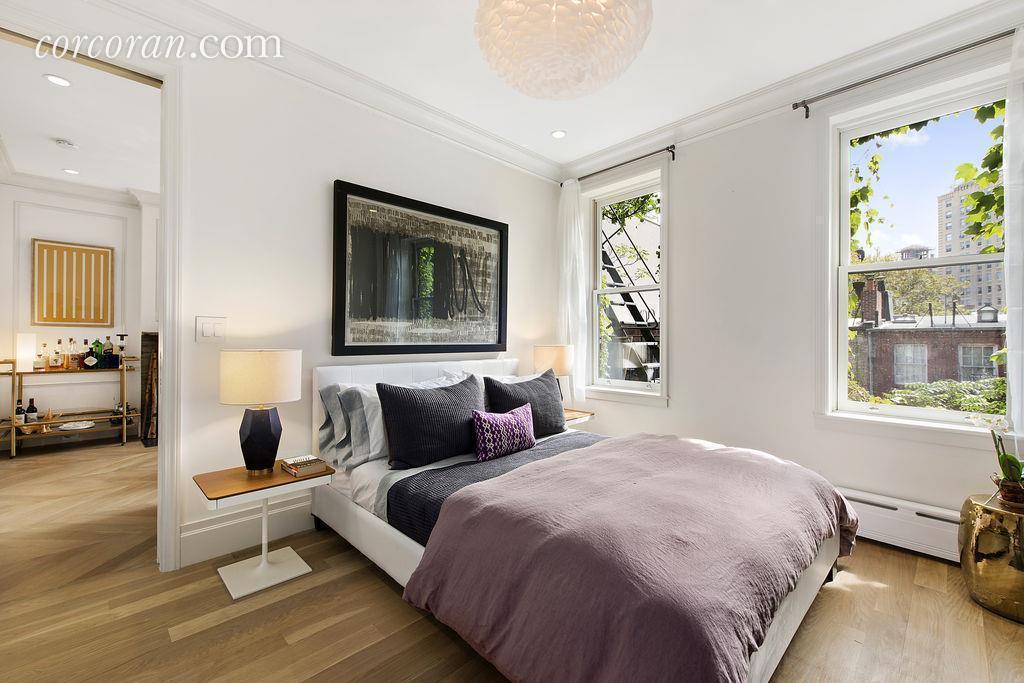 bedroom, 140 West 10th Street