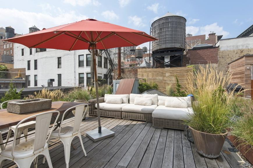 22 East 18th Street, Penthouse, Flatiron, Loft, Flatiron Loft for sale, cool listing, Compass, Interiors, Boffi, roof garden, private garden, outdoor cinema, gardens, landscaping, manhattan co-ops,