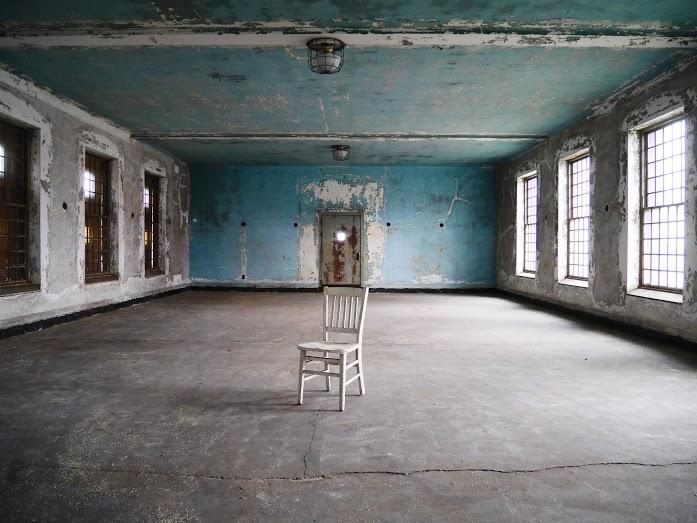 Ellis Island hospital complex, New York Adventure Club, abandoned places NYC