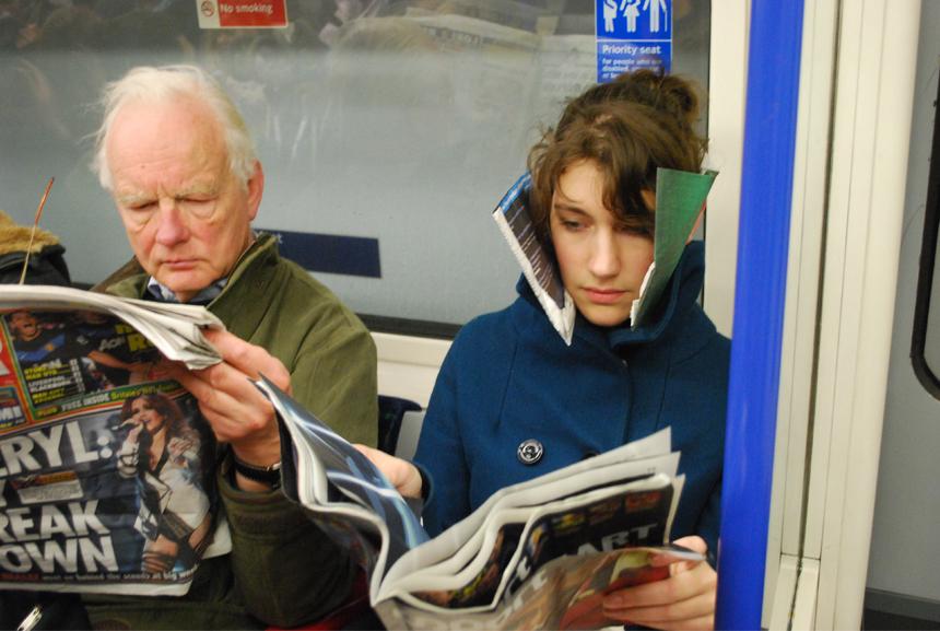 Imme van der Haak, DIY art, newspaper blinkers, diy blinkers, subway masks