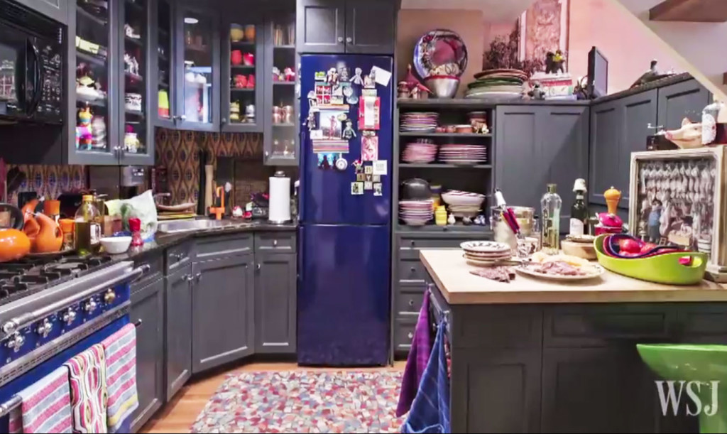 video go inside rachael ray 39 s colorful and unbelievably. Black Bedroom Furniture Sets. Home Design Ideas