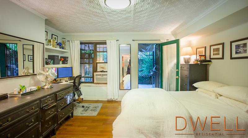 144 Lincoln Place, Park Slope, Brooklyn townhouse for sale, brooklyn brownstone, brownstone renovation, MESH, vertical loft house, Laura Lau, Chris Kentis, Interiors, Gardens,