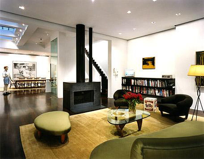 Larry Gagosian , Larry Gagosian , harkness mansion, 147 East 69th Street, 4 East 74th Street, new york carriage house, architect Francois de Menil