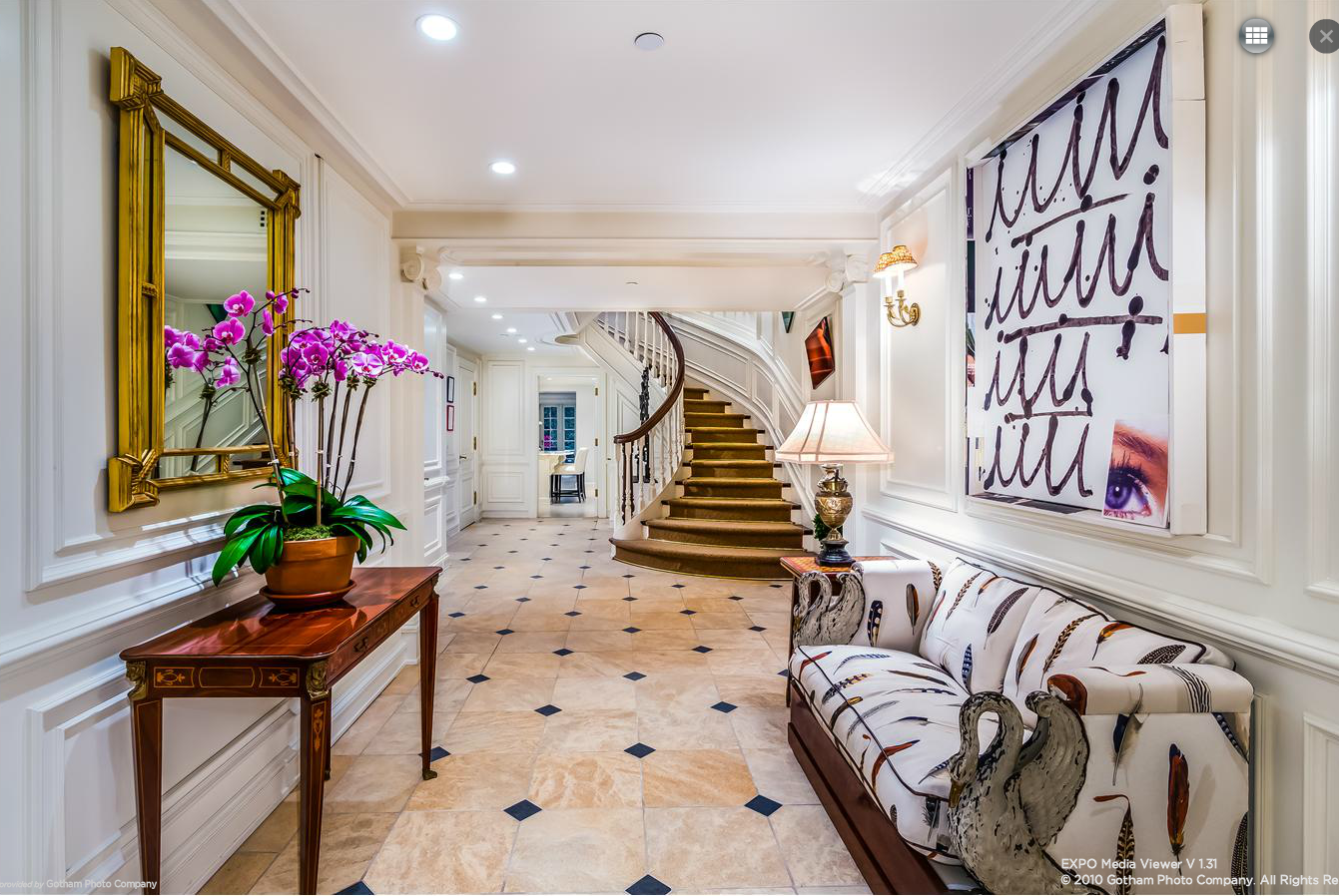 Rather modest ues townhouse has five floors seven for Manhattan townhouse for sale