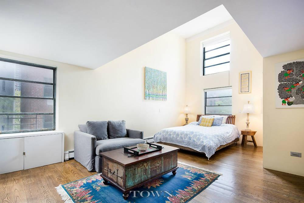 377 West 11th Street , West Village, Manhattan Co-op for Sale, NYC Apartment, Cool Listing, Glass Catwalk, Fireplace, Interiors