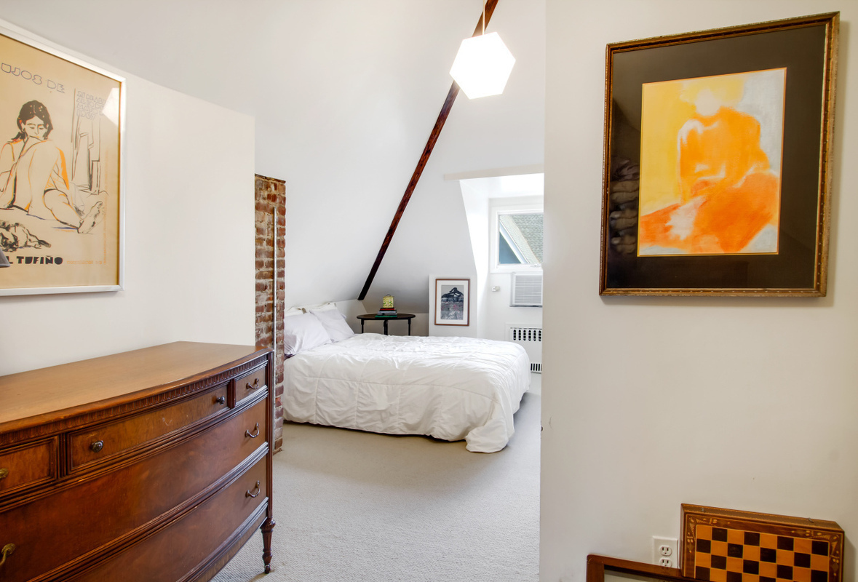 447 Rugby Road Bedroom 3