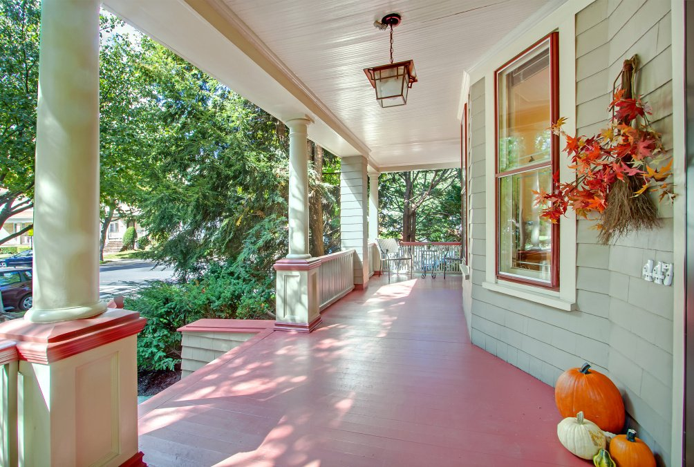 447 Rugby Road Front Porch