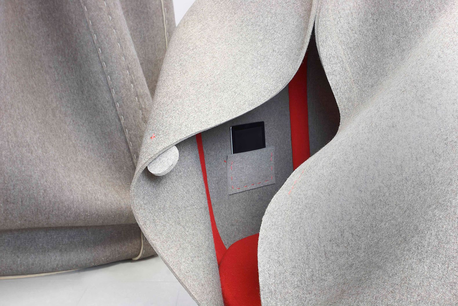 Freyja Sewell, Felt Cocoon, Sensory Concentration Space, cozy cocoon, reconnect with senses, LED lights, biodegradable felt, British design, modern urban life space