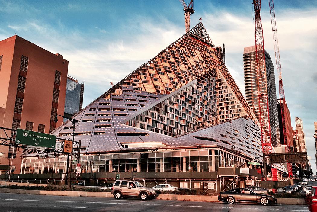 VIA West 57, 625 West 57th Street, Bjarke Ingels, Durst Organization, the pyramid building, NYC starchitecture