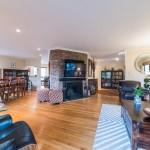33 Tier Street, living room, fireplace
