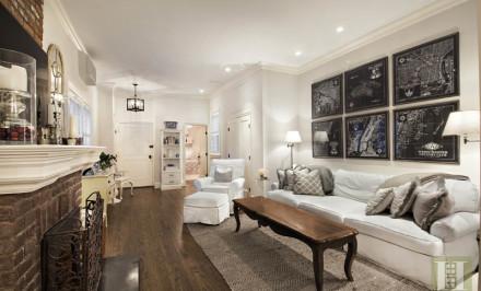 53 Horatio Street, co-op, west village, living room