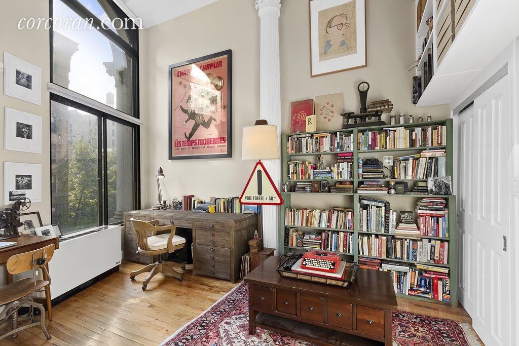 67 East 11th Street, co-op, greenwich village, living room