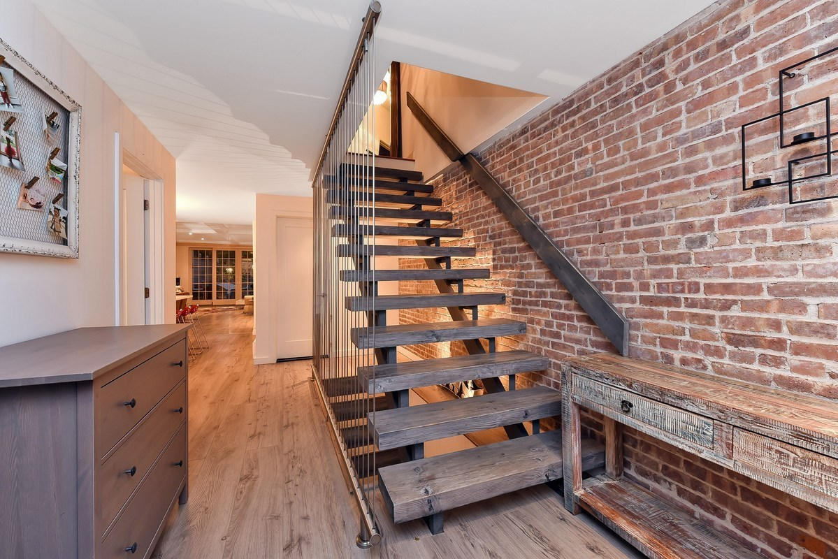 85 Hall Street, staircase, modern, open staircase
