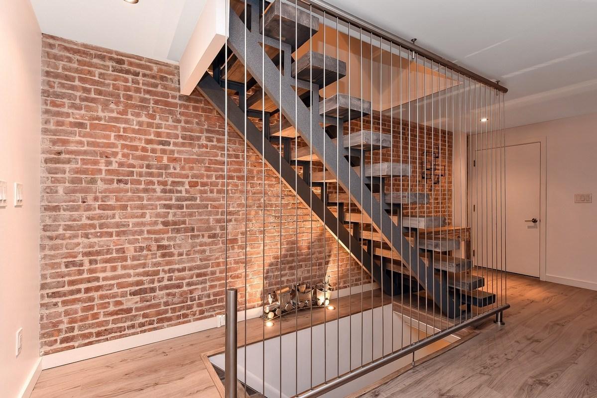 85-hall-street-stairs2