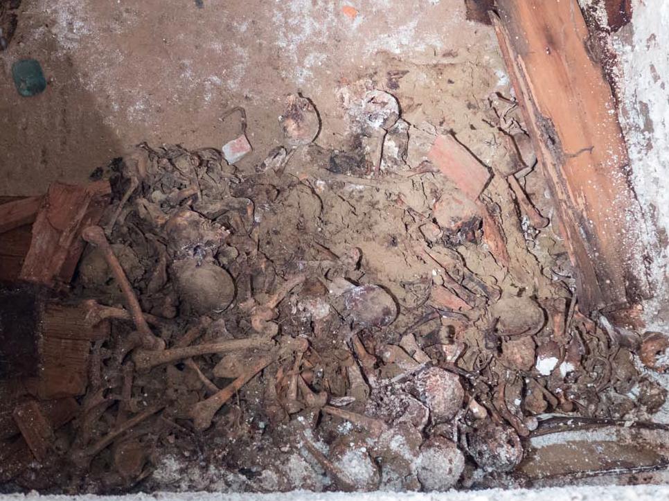 Washington Square Park-burial vault