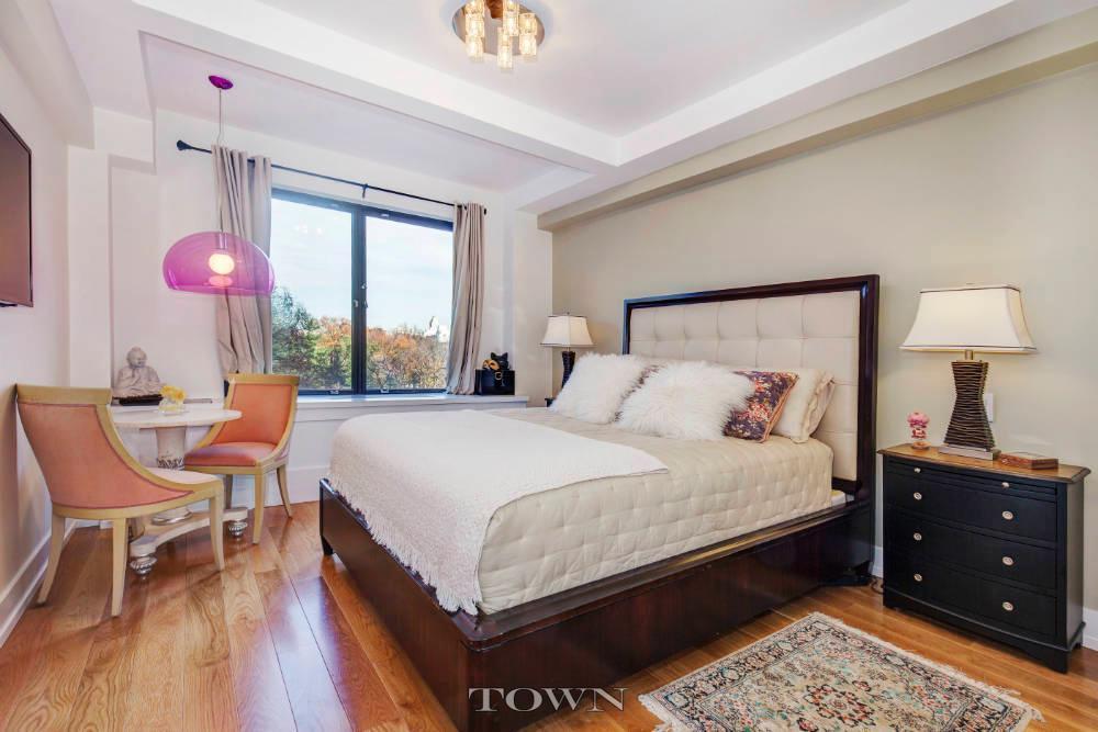 120 Central Park South, master bedroom, co-op, Isabeli Fontana