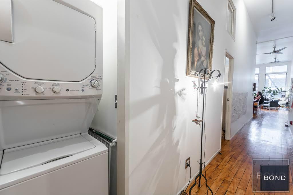 138 Baxter Street, laundry, hallway, loft, rental, little italy