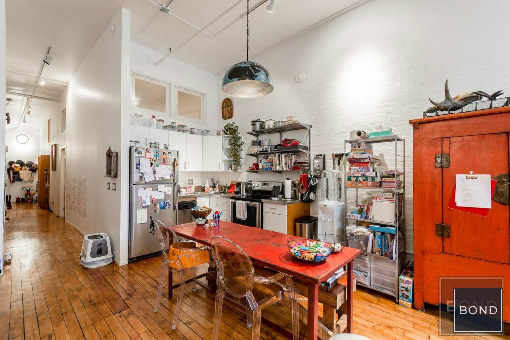 138 Baxter Street, kitchen, dining room, rental