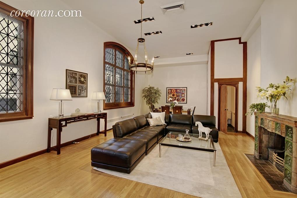 156 East 36th Street, living room, sniffen court, murray hill, townhouse