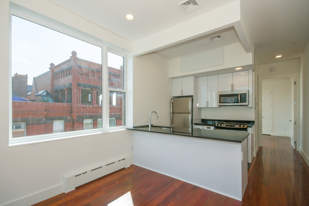 Housing lottery for two 918 month apartments across from - Long island city 3 bedroom apartments ...