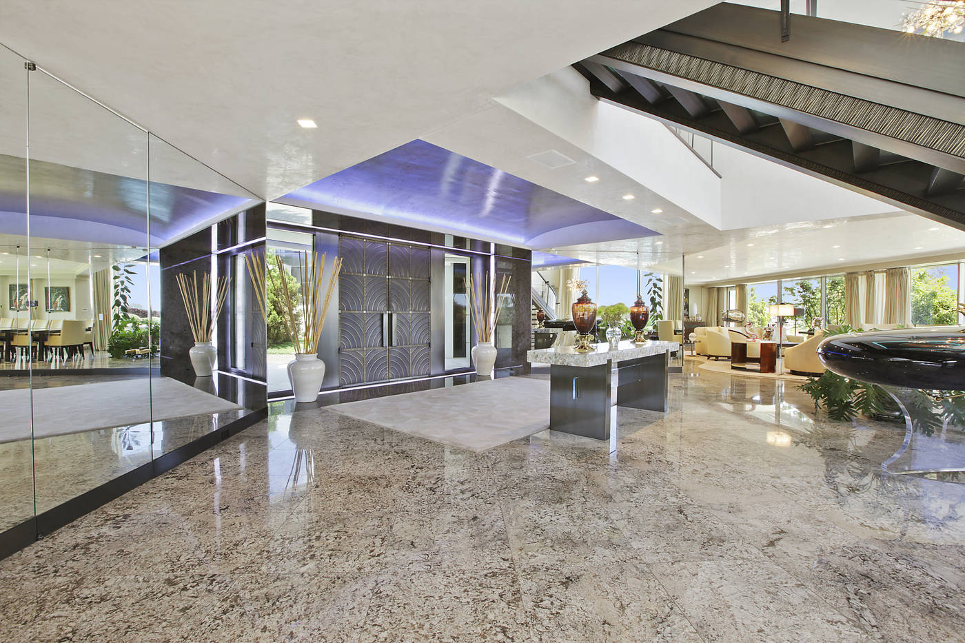 2458 National Drive  House 1 Lobby