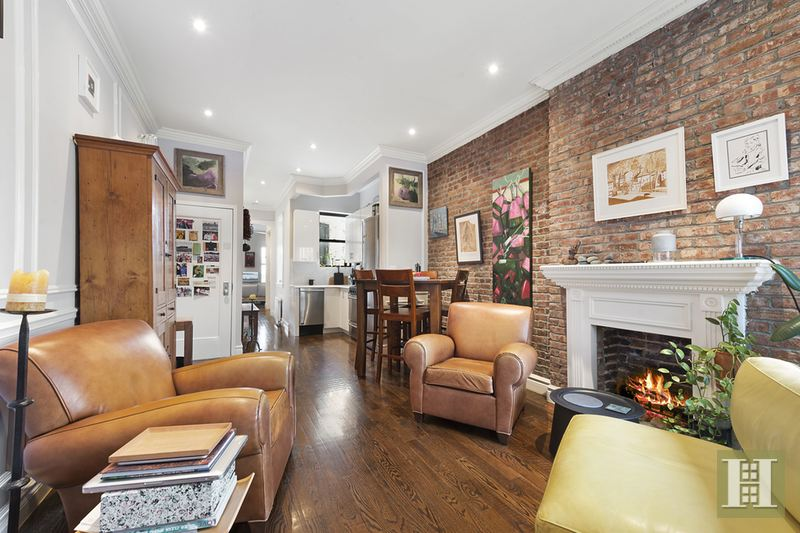 283 West 11th Street, west village, living room, fireplace