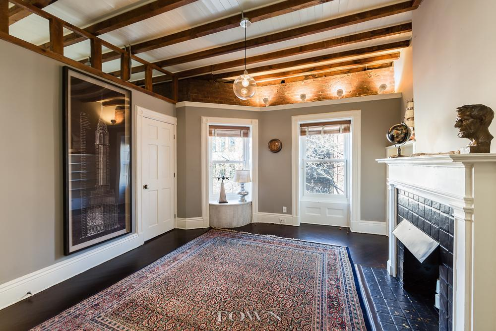 In the historic 39 fruit streets 39 of the heights this 4 5m for Living room brooklyn 86 st