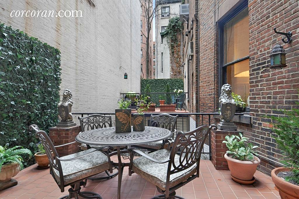34 East 38th Street, Cool Listings, Murray Hill, Manhattan co-op for sale