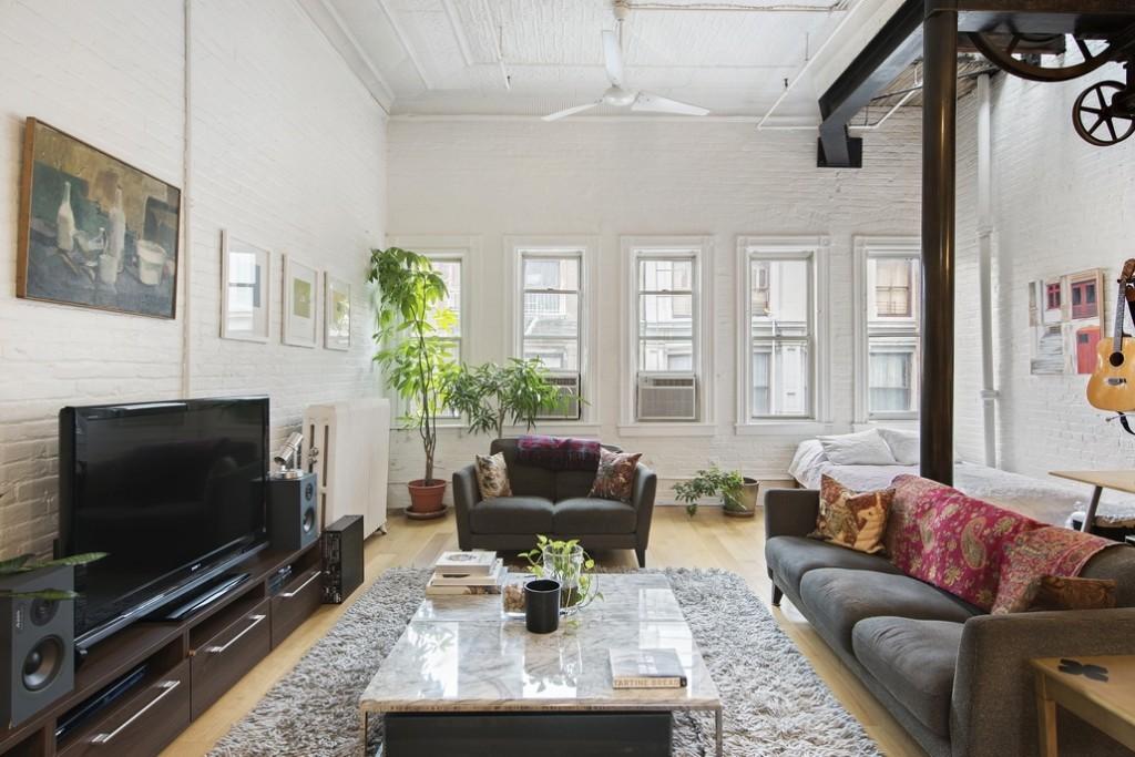 81 grand street, soho, loft, living room, warehouse details, brick