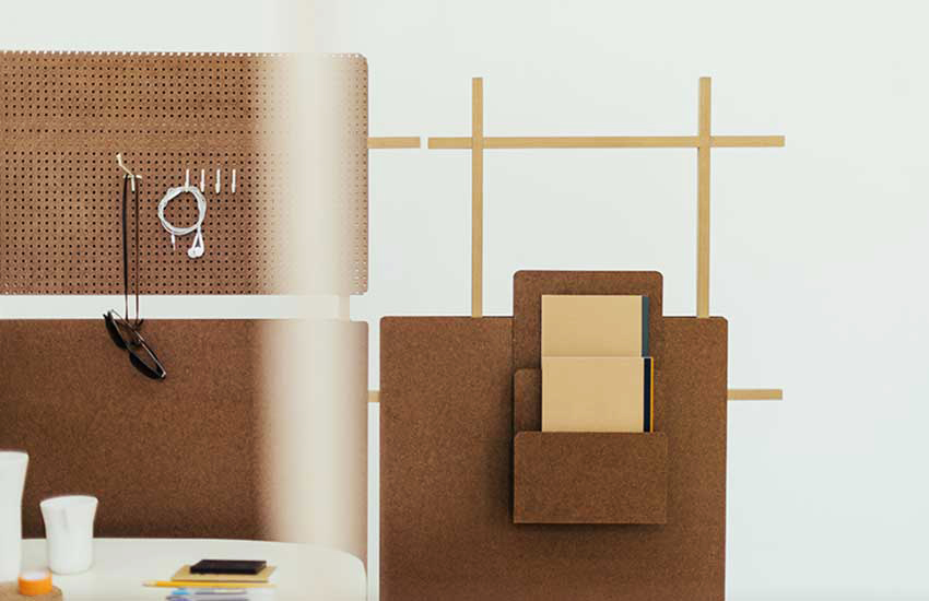 Chilean design, The Andes House, composite material, 'Ensamble', Pine Fibers Composite, Cholguán, Arauco, versatile room dividers, natural binding, offices-divider