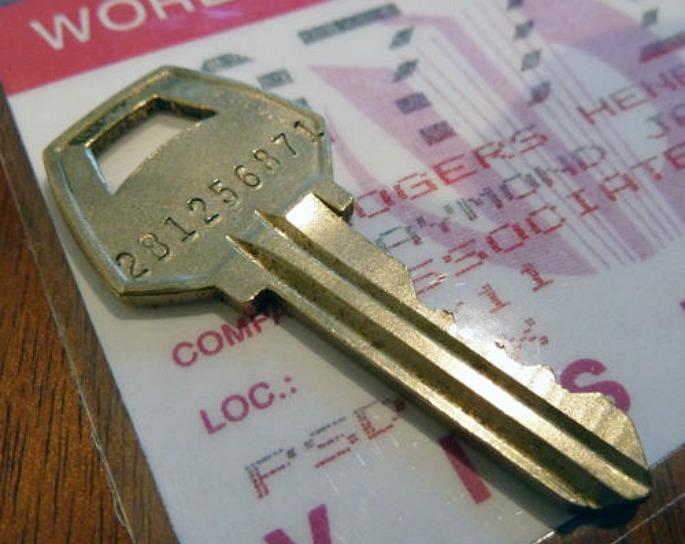 World Trade Center key, eBay, World Trade Center artifacts