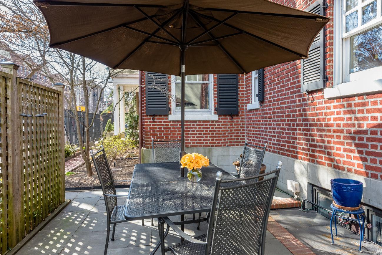 234 8th Avenue, Cool Listings, Park Slope, Historic Homes, Neo-federalist house, Neergaard House, Townhouse, Brooklyn Townhouse for Sale, Brooklyn Historic Homes, Prospect Park