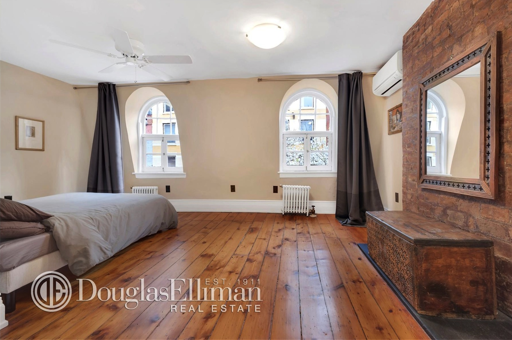 One Of Manhattan S Last Wood Frame Homes Is Up For Rent