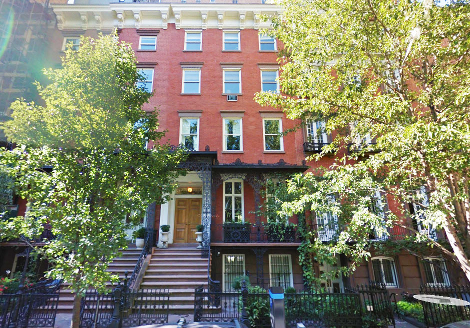 Is eloise 39 s plaza apartment worth more than stuart little for Gramercy park townhouse for sale