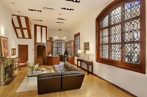 Cole Porter's former Manhattan townhouse in historic Sniffen Court enclave has sold for $4.8M