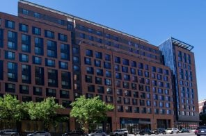 First two rentals open at huge South Bronx housing complex La Central