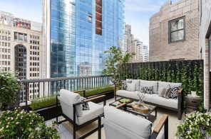 For $950K, this FiDi one-bedroom is big on closets and outdoor space