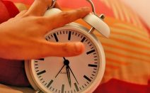 When does daylight saving time end in 2016?