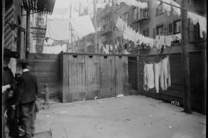 Life in New York City before indoor toilets