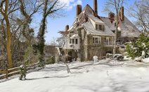 1924 cliffside Riverdale castle-cottage has magical river views, a Broadway pedigree and a $2.6M ask